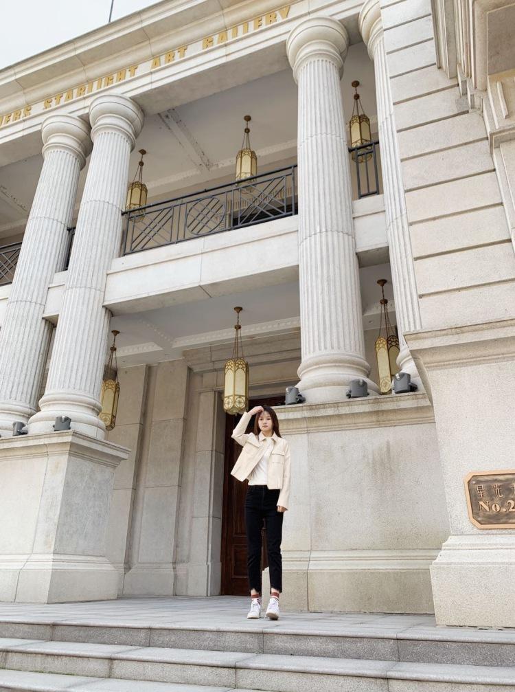 玖玖-上海市·上海市·松江区-抖音 微博 小红书 快手-上海 身高170 体重90斤 洛丽塔 汉服 清新可爱 酷帅的风格都拍过 但是不能接受太性感的 费用不高(欢迎来谈)业余拍摄