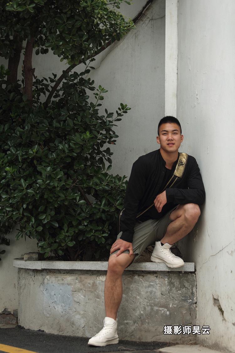 爱DO摄影师昊云-上海市·上海市·浦东新区-微博,摄影师昊云-欢迎自信有创作想法的你来约拍,本人在上海,优秀互免,不提供妆照,需自备,如果约的地点需要门票,由约拍者支付,拍摄完成的照片,双方享有使用权,约拍既同意让渡肖像权。