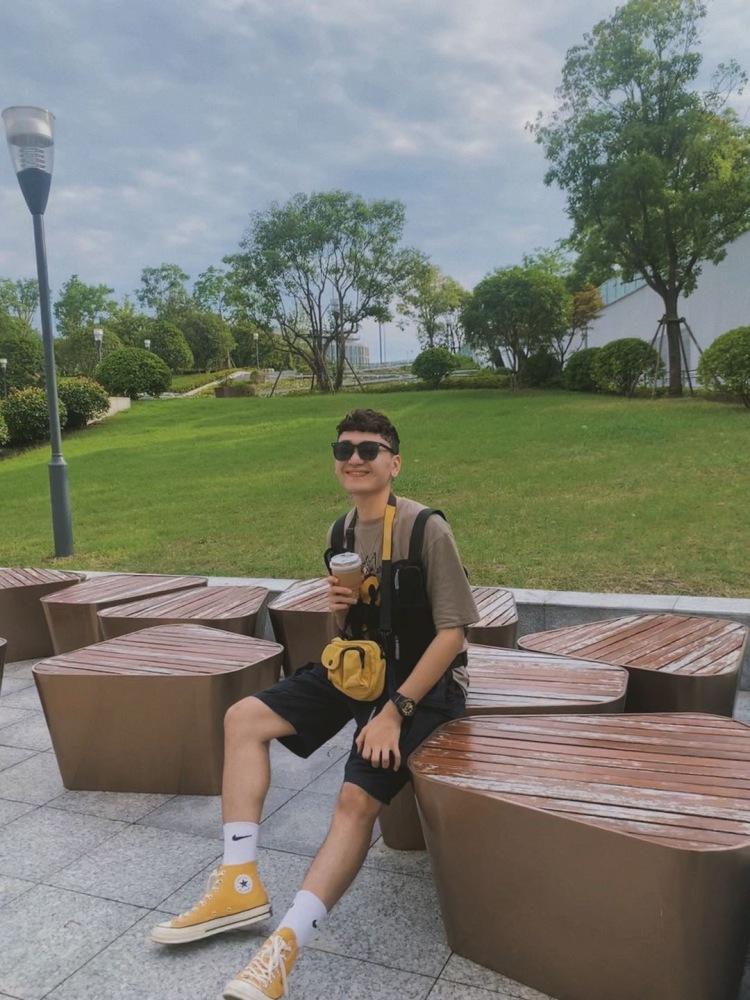 Sfkk-湖北省·武汉市·武昌区-微博 -接受不同风格,接受化妆,室内或者室外都可以,        欢迎合作。