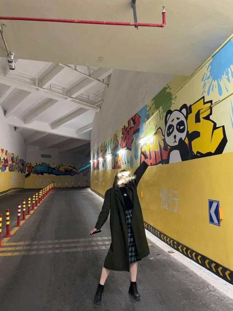 SATAN🌛-江西省·南昌市·红谷滩区--身高174 体重123 可尝试多种风格。不能过于暴露。希望大家能够诚信合作。谢谢!